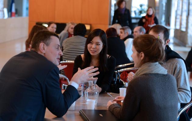 Des étudiants étrangers à la cafétéria de l'Ena à Strasbourg, le 15 janvier 2013 [Patrick Hertzog / AFP]