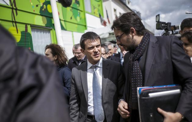 Le ministre de l'Intérieur, Manuel Valls, le 12 avril 2013 à Sevran près de Paris [Fred Dufour / AFP/Archives]