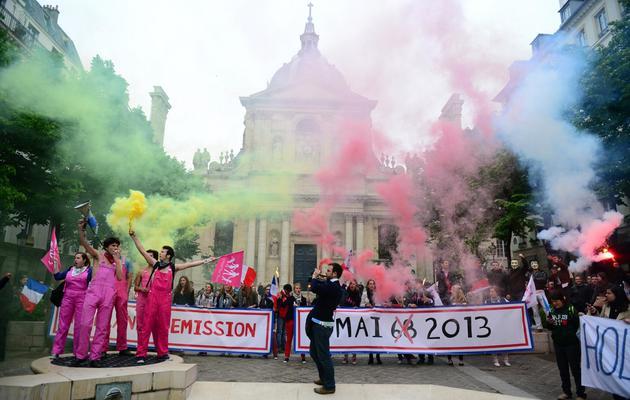Manifestation contre le mariage homosexuel devant le Panthéon, à Paris, le 16 mai 2013 [Martin Bureau / AFP]