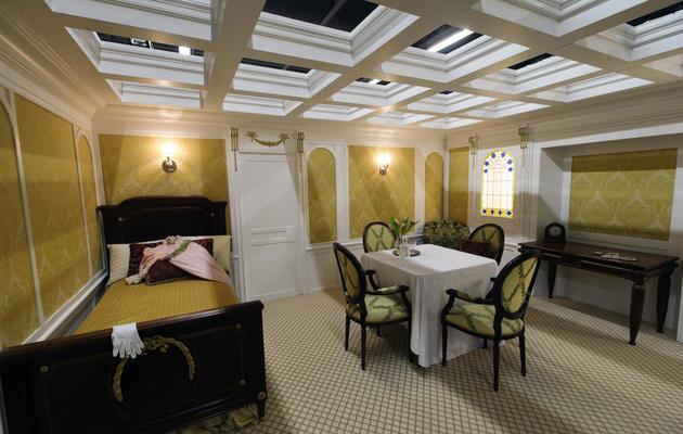 Reconstitution d'une cabine de première classe à l'exposition Titanic à Paris le 31 mai 2013 [Joel Saget / AFP]