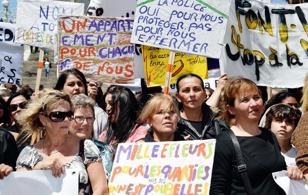Des Marseillaises manifestent contre la violence, le 1er juin 2013 [Anne-Christine Poujoulat / AFP]