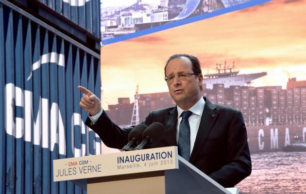 Le président François Hollande inaugure le Jules Vernes, le plus grand porte-conteneurs au monde, le 4 juin 2013 à Marseille [Anne-Christine Poujoulat / AFP]