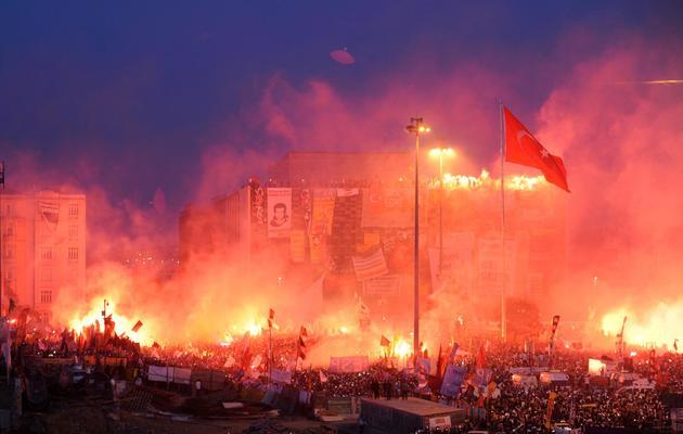 Manifestation place Taksim, le 8 juin 2013 à Istanbul [Bulent Kilic / AFP]