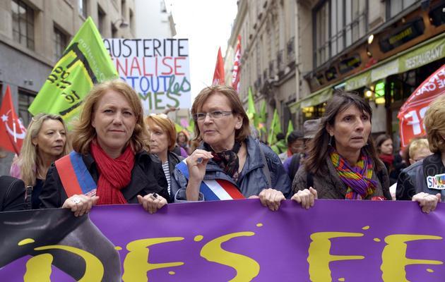 Marie-George Buffet lors d'une manifestation de femmes contre l'austérité le 9 juin 2013 à Paris [Bertrand Guay / AFP]