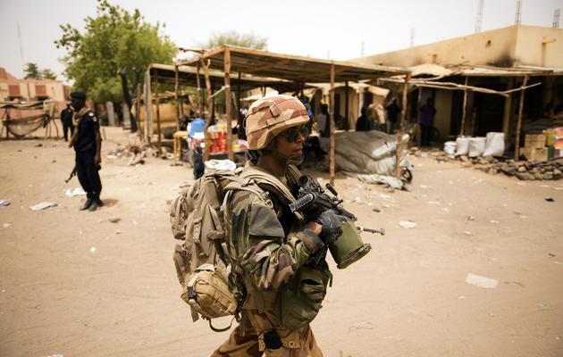 Un soldat français dans une rue de Gao, au Mali, le 13 juin 2013 [Lionel Bonaventure / AFP]