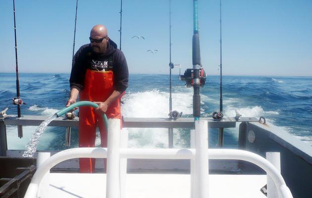 Le pêcheur Dave Marciano sur son bateau le 30 avril 2013 [Fabienne Faur / AFP]