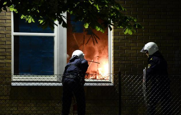Ecole incendiée le 25 mai 2013 dans la banlieue de Stockholm [Jonathan Nackstrand / AFP]