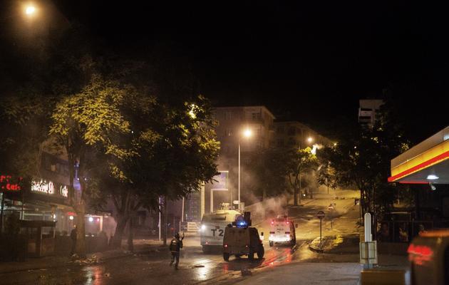 Des canons à eau le 11 juin 2013 dans le centre d'Ankara [Marco Longari / AFP]