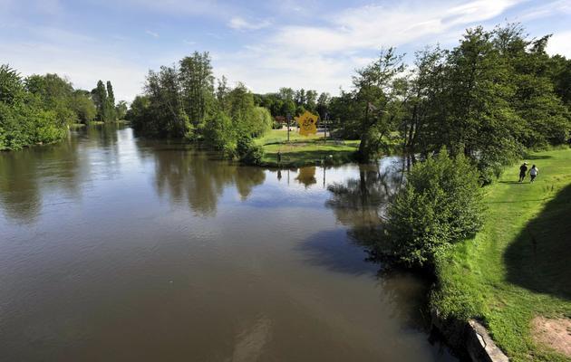 La rivière Sioule dans le centre de la France, le 27 mai 2013 [Thierry Zoccolan / AFP/Archives]
