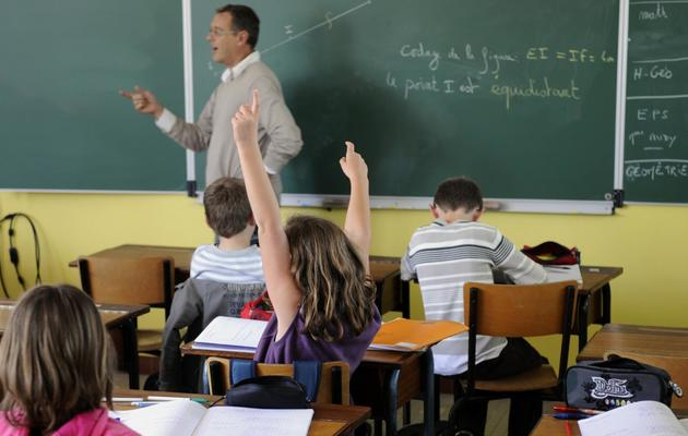 Un professeur face à ses élèves en septembre 2011 dans un collège de Rennes [Damien Meyer / AFP/Archives]