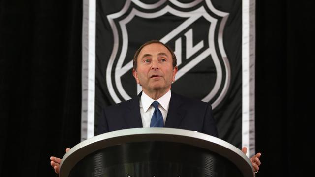Le patron de la Ligue nord américaine de hockey sur glace, Gary Bettman, le 13 septembre 2012 à New-York [Bruce Bennett / Getty Images/AFP]