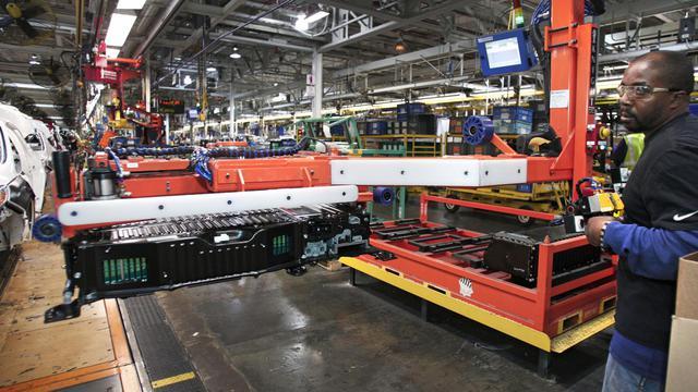 Chaîne de production dans une usine Ford à Wayne (Michigan), en novembre 2012. [Bill Pugliano / Getty Images/AFP/Archives]