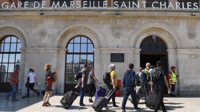 La circulation des trains a été interrompue pendant près de trois heures, entre 15h et 18h.