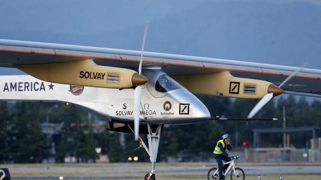 Bertrand Piccard s'apprête à décoller à bord de Solar Impulse, le 3 mai 2013 à Mountain View [Beck Diefenbach / Getty Images/AFP/Archives]
