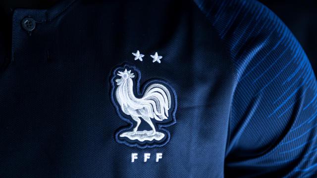 uk store buy good best sneakers Pénurie de maillots 2 étoiles de l'équipe de France pour ...