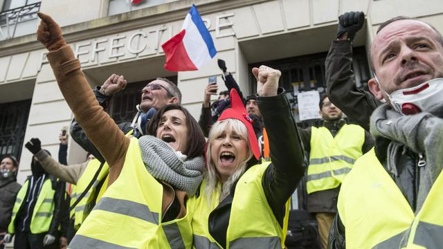 Des gilets jaunes manifestant à Nantes (Loire-Atlantique) le 22 décembre dernier, lors de l' «acte VI» du mouvement.