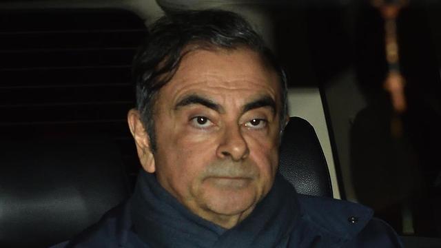 Après son arrestation, Carlos Ghosn a passé environ 130 jours en prison à Tokyo, avant d'être libéré, réincarcéré durant trois semaines, puis de nouveau laissé en liberté surveillée le 25 avril.