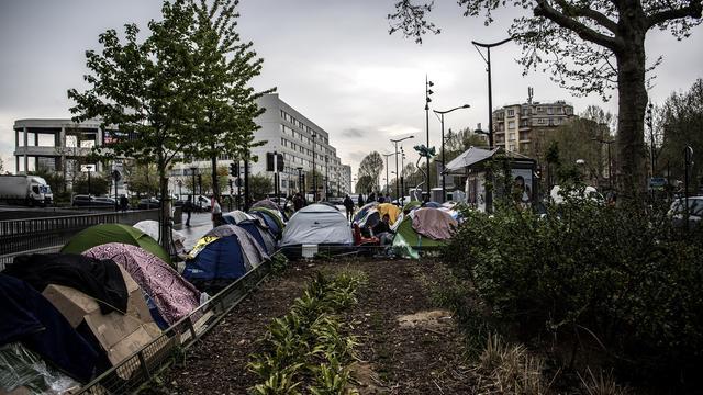 Des maires réclament l'accueil inconditionnel des migrants en France.