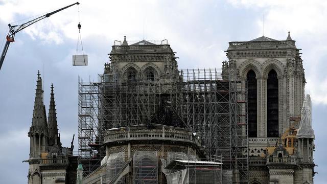 Des travaux pour sécuriser la cathédrale Notre-Dame de Paris sont actuellement en cours, après l'incendie du 15 avril dernier.