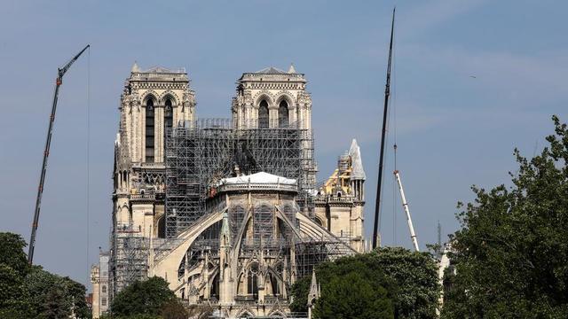 Emmanuel Macron souhaite que la cathédrale Notre-Dame de Paris soit restaurée en cinq ans.