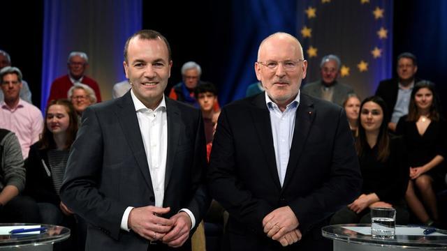 L'Allemand Manfred Weber et le Néerlandais Frans Timmermans font partie des candidats à la présidence de la Commission européenne.