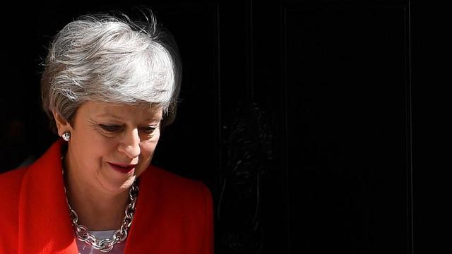 Theresa May devra, dès le mois prochain, fixer le calendrier de son départ de Downing Street.