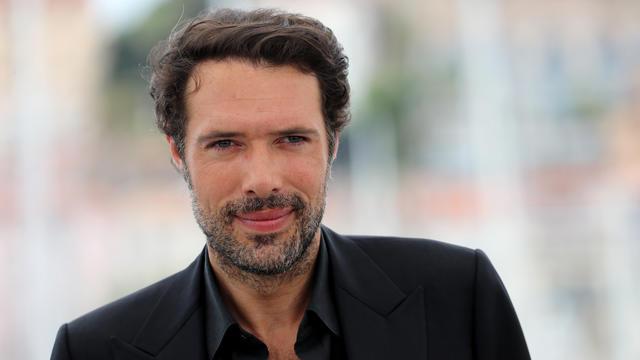 Le réalisateur Nicolas Bedos signe un scénario original et surprenant sur le temps qui passe.