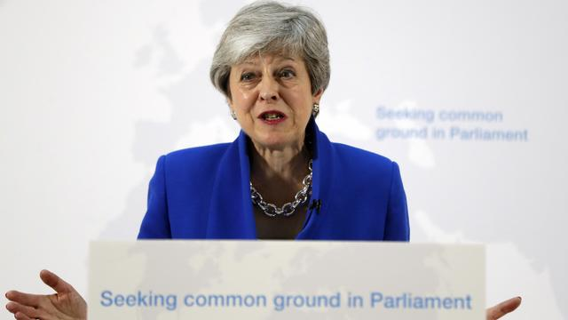Theresa May offre aux députés la possibilité de voter sur l'organisation d'un second référendum, portant sur l'accord de divorce qu'elle propose.