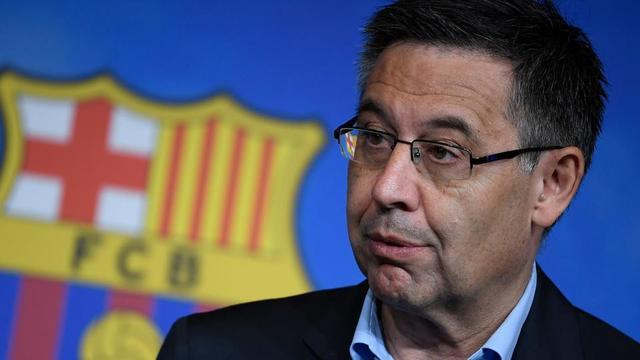 Le président du FC Barcelone Josep Maria Bartomeu a affirmé que le club avait déjà voulu retirer ses distinctions à Franco en 2003, mais qu'il n'avait pas pu le faire faute d'avoir trouvé les informations et les documents adéquats.
