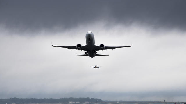 Les avions manquent d'outils médicaux d'urgence utiles à l'accouchement.