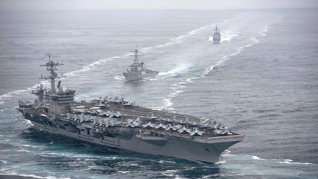 Le virus s'est largement propagé au sein de l'équipage de 4.000 membres, avec une centaine de marins infectés.