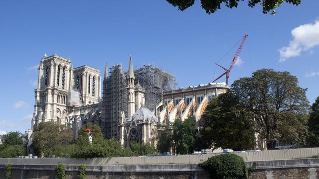 L'objectif du gouvernement est de reconstruire Notre-Dame avant les Jeux Olympiques de Paris en 2024