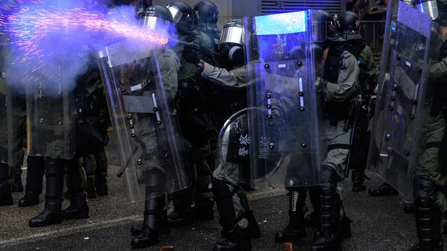 Les violences policières sont pointées du doigt par les manifestants.