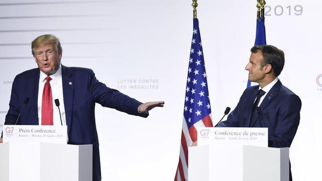 La précédente rencontre entre Donald Trump et Emmanuel Macron, qui doivent se retrouver ce mardi après-midi, s'est déroulée fin août à Biarritz, à l'occasion du G7.