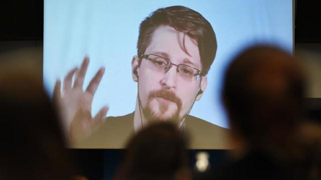 Edward Snowden Demande L Asile Politique A Emmanuel Macron Cnews