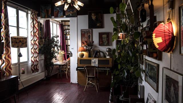 L'appartement de Boris Vian est resté dans son jus.