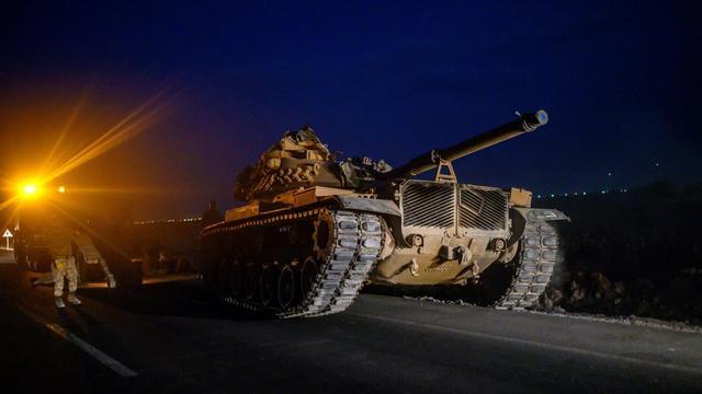 Des chars et des véhicules blindés avaient été massés par la Turquie à sa frontière avec la Syrie en début de semaine.