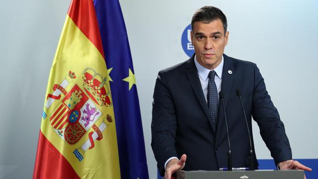 Le Premier Ministre sortant, Pedro Sanchez, peine à rassembler suffisamment de députés pour constituer un gouvernement.