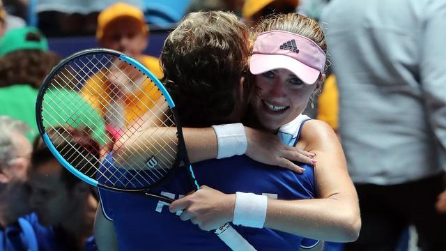 Kristina Mladenovic a apporté la point décisif, avec Caroline Garcia, lors du double face à Ashleigh Barty et Samantha Stosur.