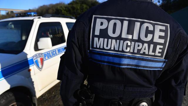 Renforcement Des Pouvoirs De La Police Municipale Que Veulent Les Maires Cnews