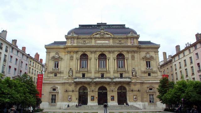 Vue extérieure prise le 10 mai 2001 du théâtre des Célestins, situé dans le centre ville de Lyon [Eric Cabanis / AFP/Archives]