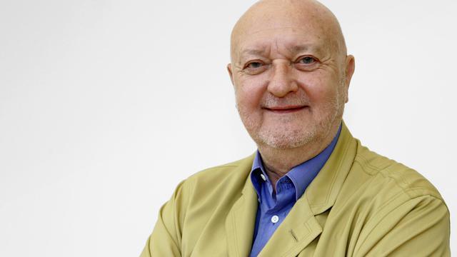 """Le chroniqueur culinaire Jean-Pierre Coffe a annoncé mardi qu'il quittait l'émission de Michel Drucker """"Vivement Dimanche Prochain"""", afin de se consacrer à des projets d'écriture.[AFP]"""