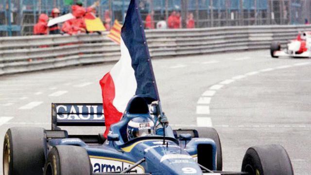Le Français Olivier Panis lors de sa victoire au GP de Monaco, le 19 mai 1996 [Patrick Kovarik / AFP/Archives]