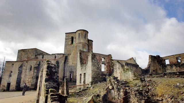 Vue prise le 30 mars 2007 de l'église dévastée du village martyr d'Oradour-sur-Glane [Pierre Andrieu / AFP/Archives]