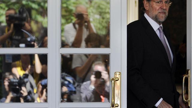 """Le sauvetage d'un pays n'est pas une décision """"qu'on prend du jour au lendemain"""" et Madrid analysera """"avec calme et prudence"""" les conditions d'un recours au fonds de secours européen (FESF), a affirmé vendredi la porte-parole du gouvernement espagnol Soraya Saenz de Santamaria. [AFP]"""