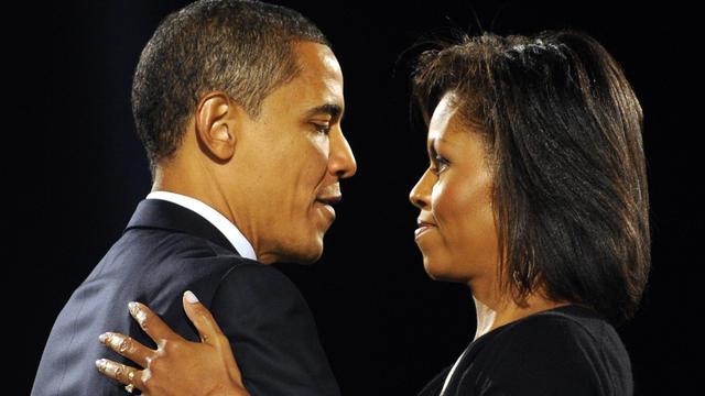 Michelle (d) et Barack Obama, le 4 novembre 2008 à Chicago [Emmanuel Dunand / AFP]