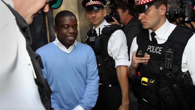 Le procès de Kweku Adoboli, trader d'UBS jugé pour une fraude ayant coûté 2,3 milliards de dollars (environ 1,8 md EUR) à la banque suisse, entre 2008 et 2011, s'ouvre lundi matin à Londres, une affaire qui rappelle celle du trader français de la Société Générale Jérôme Kerviel. [AFP]