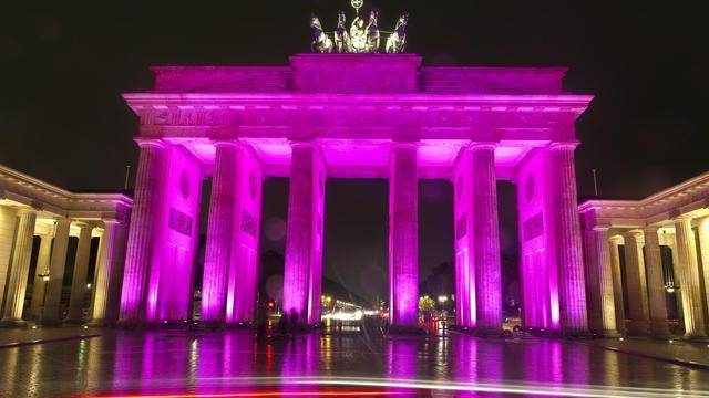 """Berlin, """"pauvre mais sexy"""" selon le slogan de son maire, voit son image ternie par les retards de grands projets, en tête l'aéroport Willy-Brandt dont l'ouverture a été reportée vendredi, pour la quatrième fois en deux ans. [AFP]"""