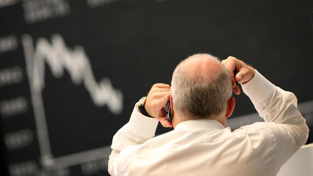 Un trader à la Bourse de Francfort [Daniel Roland / AFP/Archives]