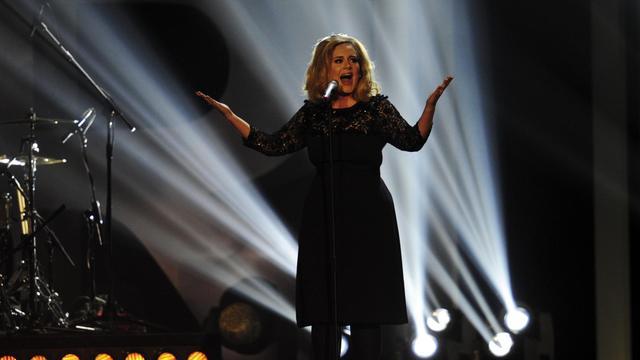 La chanteuse Adele lors des Brit Awards 2012 à Londres le 21 février 2012 [Leon Neal / AFP/Archives]